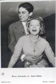 1959-03 - Fiancailles avec Delon