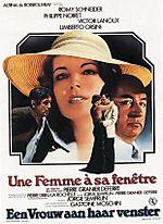 FemmeFenetre-04