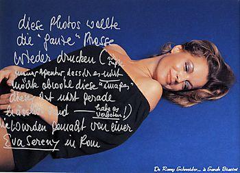 Wallpaper-Portrait2-800x600