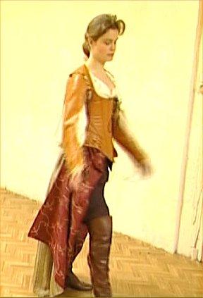 Sarah Biasini dans Julie