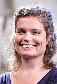 Sarah Biasini 2