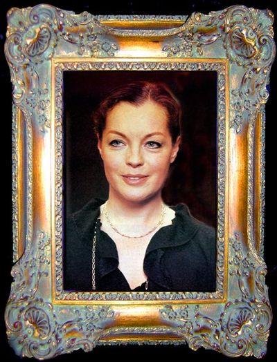 2011-10-31 - Clair femme