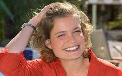 Sarah-biasini-est-la-fille-de-romy-schneider
