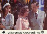 Femme fenetre - LC France (3)
