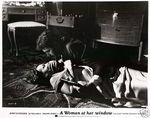 Femme fenetre - LC US (2)