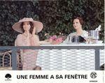 Femme fenetre - LC France (9)