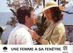 Femme fenetre - LC France (2)