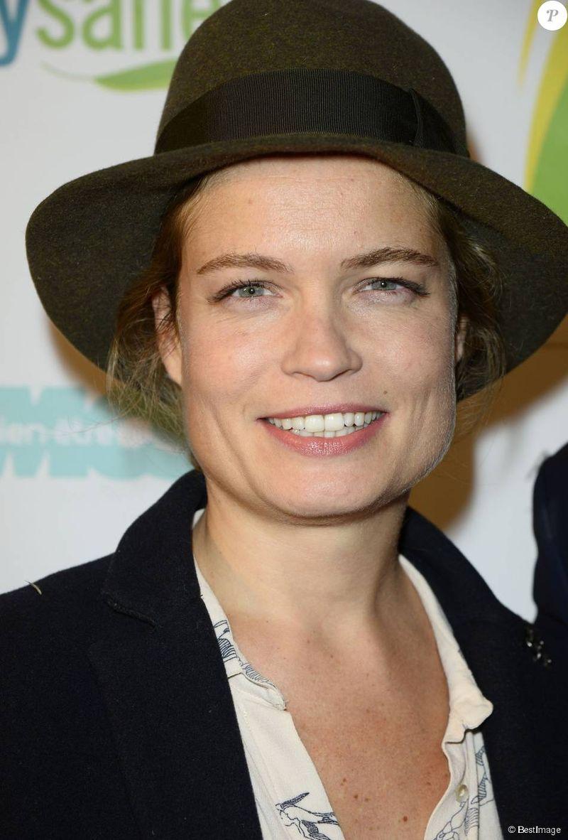 Sarah Biasini 3